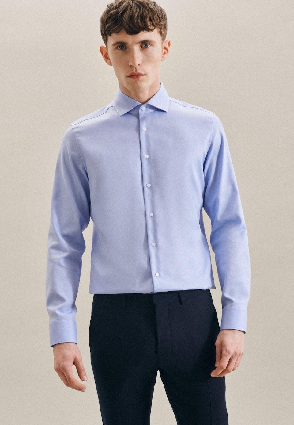 Easy-iron Structure Business Shirt in Slim with Kent-Collar in Light blue    Seidensticker Onlineshop