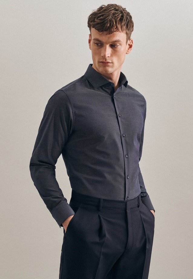 Non-iron Dobby Business Shirt in Shaped with Kent-Collar in Dark blue |  Seidensticker Onlineshop