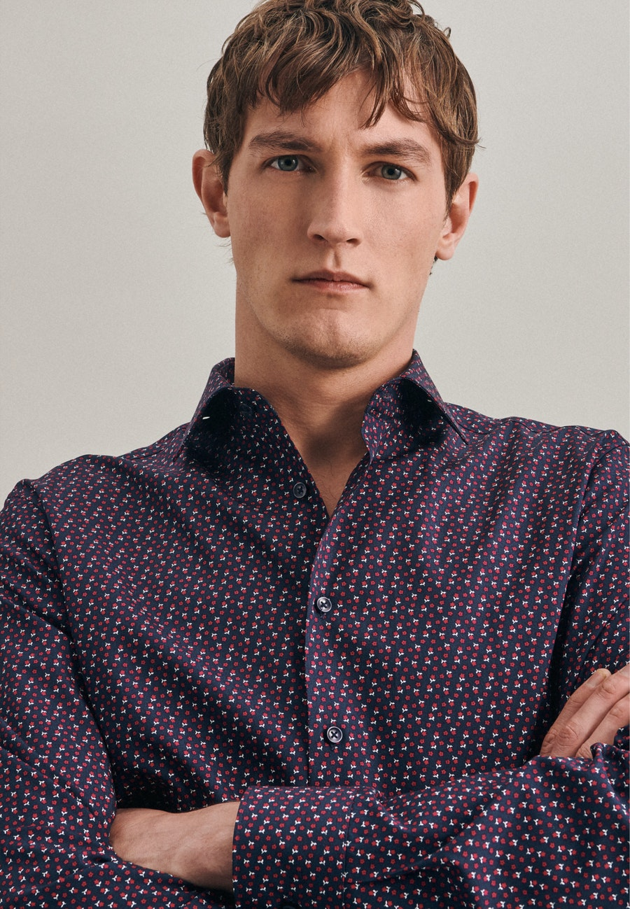 Easy-iron Popeline Business Shirt in Shaped with Kent-Collar in Red |  Seidensticker Onlineshop