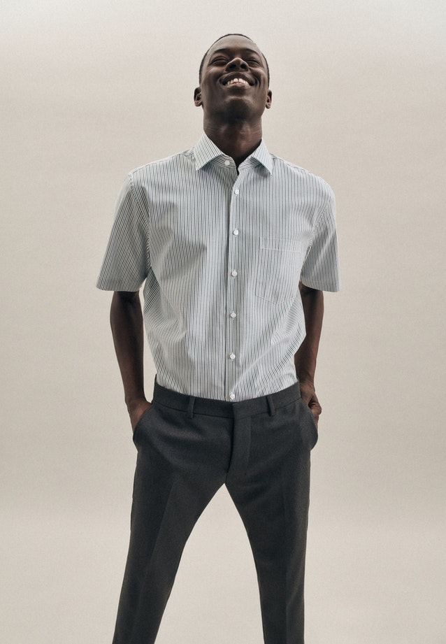Non-iron Oxford Short sleeve Business Shirt in Regular with Kent-Collar in Green |  Seidensticker Onlineshop