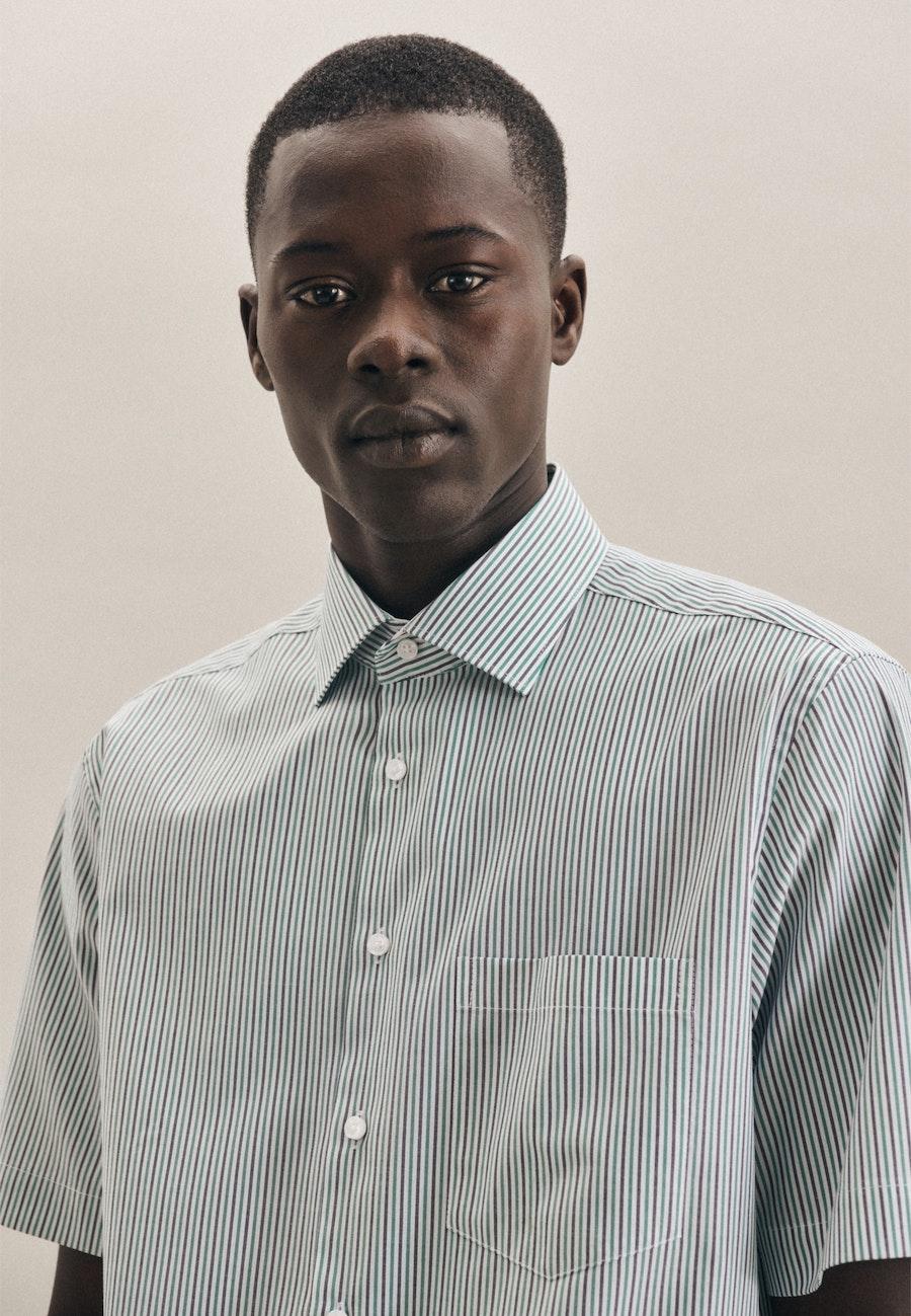 Non-iron Oxford Short sleeve Business Shirt in Regular with Kent-Collar in Green |  Seidensticker Onlineshop