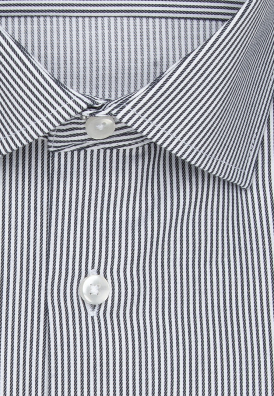 Non-iron Twill Business Shirt in Regular with Kent-Collar and extra long sleeve in Dark blue |  Seidensticker Onlineshop