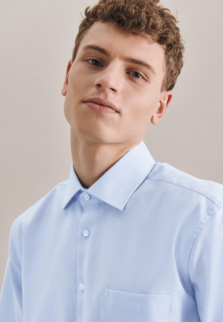 Non-iron Structure Short sleeve Business Shirt in Regular with Kent-Collar in Light blue    Seidensticker Onlineshop