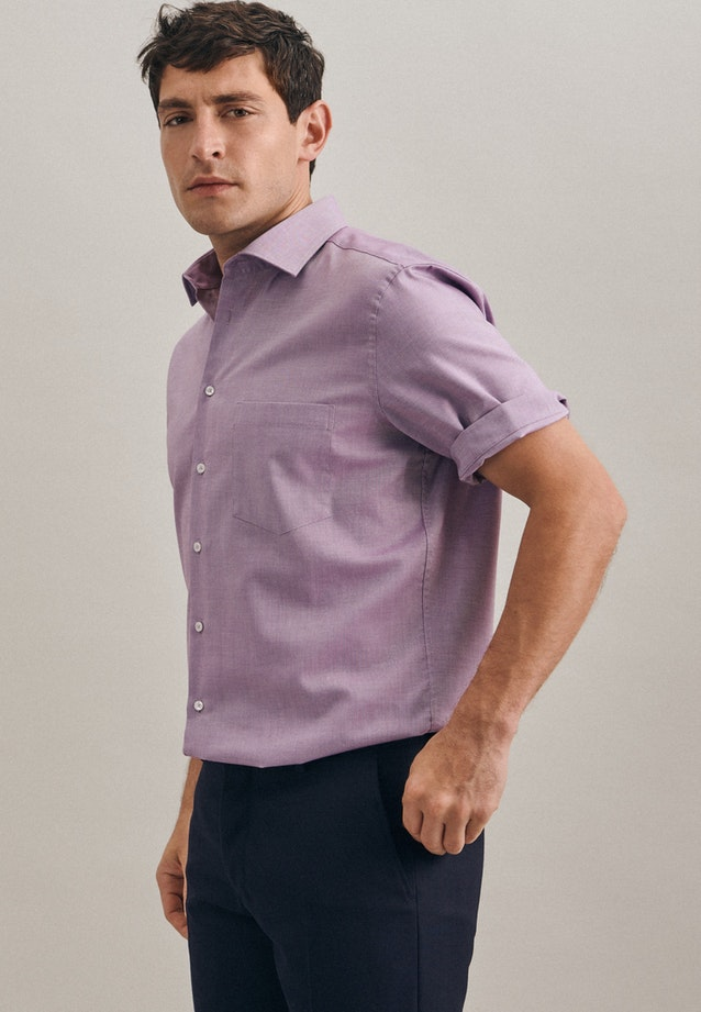 Non-iron Struktur Short sleeve Business Shirt in Regular with Kent-Collar in Purple |  Seidensticker Onlineshop