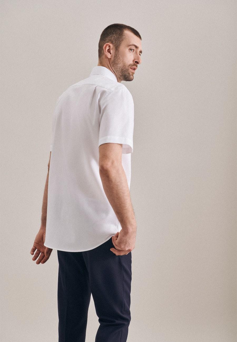 Non-iron Struktur Short sleeve Business Shirt in Regular with Kent-Collar in White |  Seidensticker Onlineshop