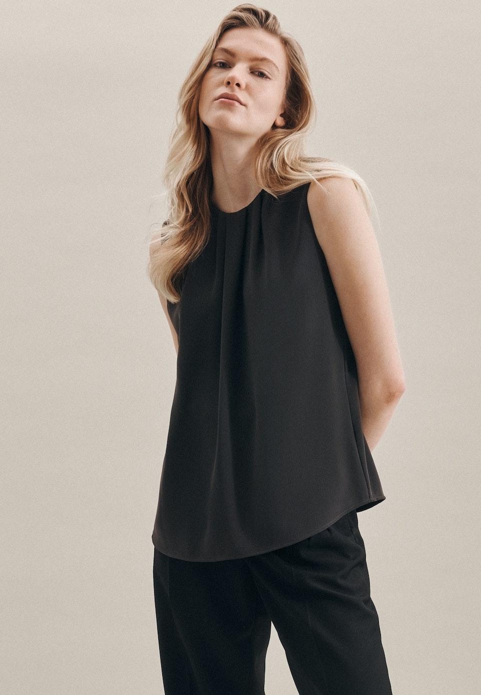 Ärmellose Krepp Shirtbluse aus 100% Polyester in Grau |  Seidensticker Onlineshop