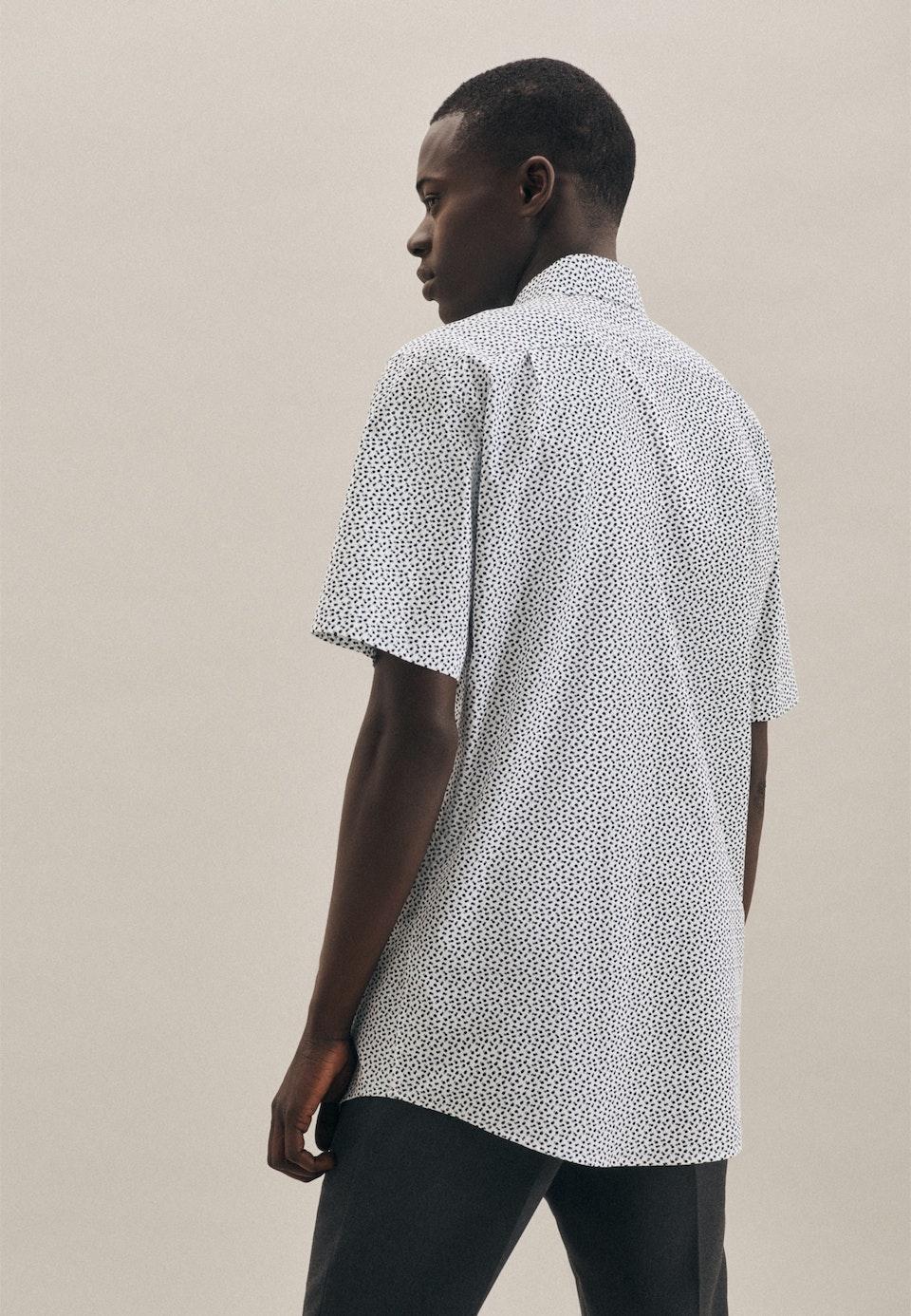 Easy-iron Popeline Short sleeve Business Shirt in Regular with Kent-Collar in Green |  Seidensticker Onlineshop