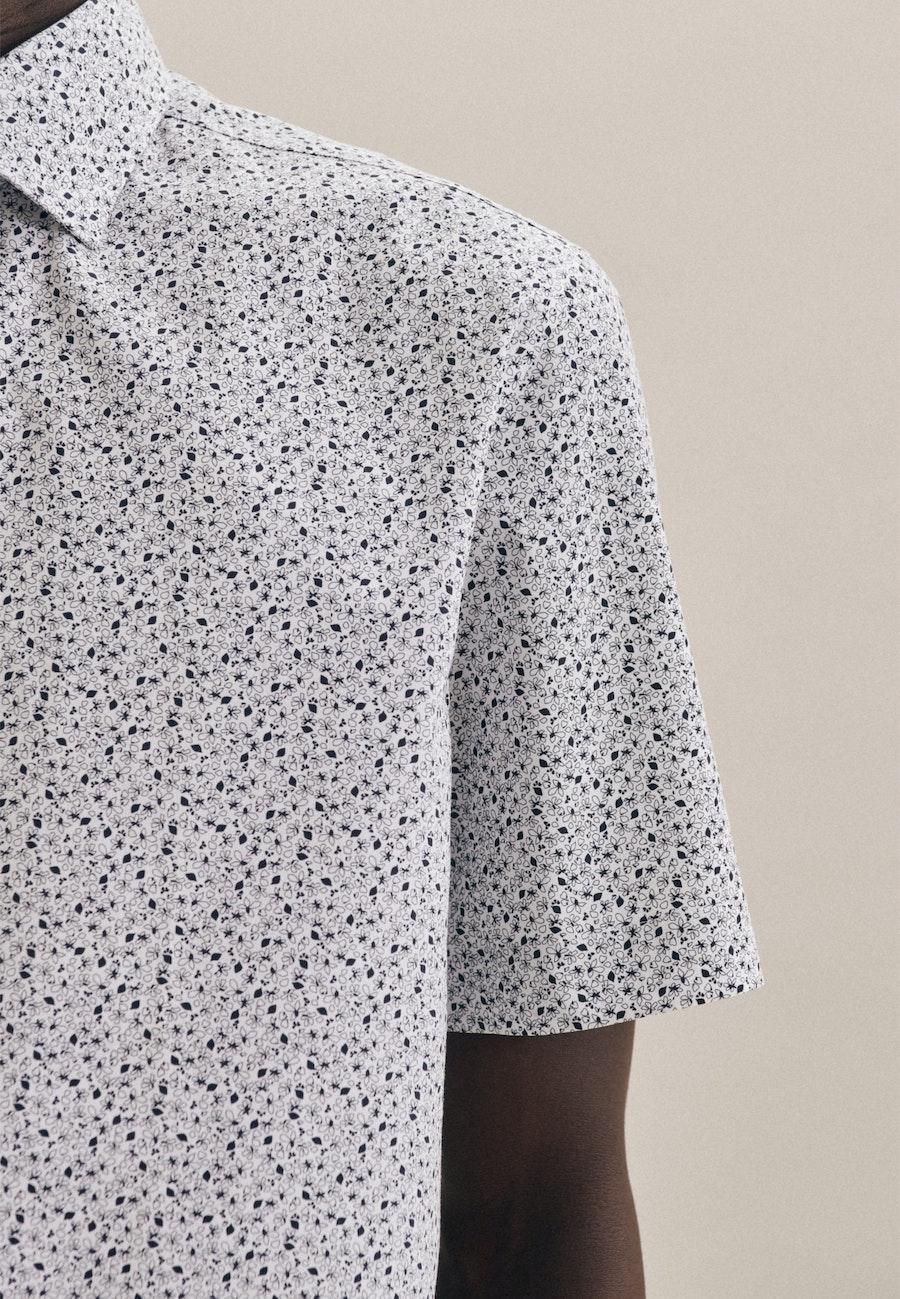 Easy-iron Popeline Short sleeve Business Shirt in Shaped with Kent-Collar in Dark blue |  Seidensticker Onlineshop