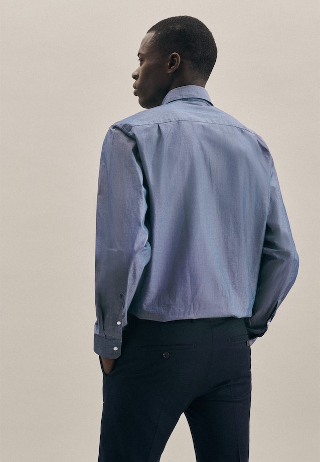 Easy-iron Chambray Business Shirt in Regular with Kent-Collar in Medium blue |  Seidensticker Onlineshop