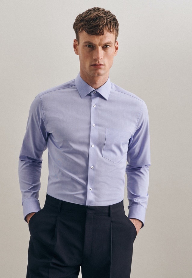 Non-iron Structure Business Shirt in Regular with Kent-Collar and extra long sleeve in Light blue    Seidensticker Onlineshop
