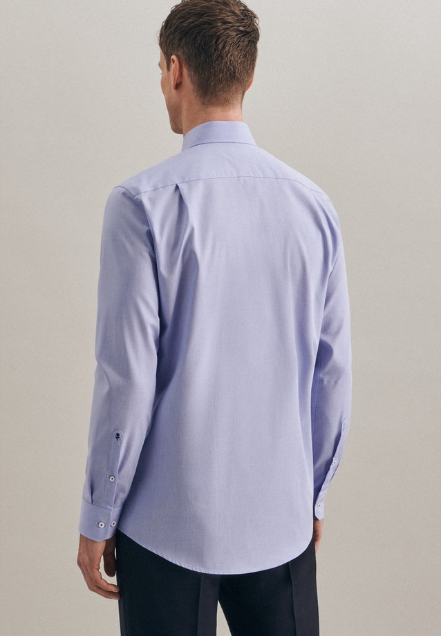 Non-iron Structure Business Shirt in Regular with Kent-Collar and extra long sleeve in Light blue |  Seidensticker Onlineshop