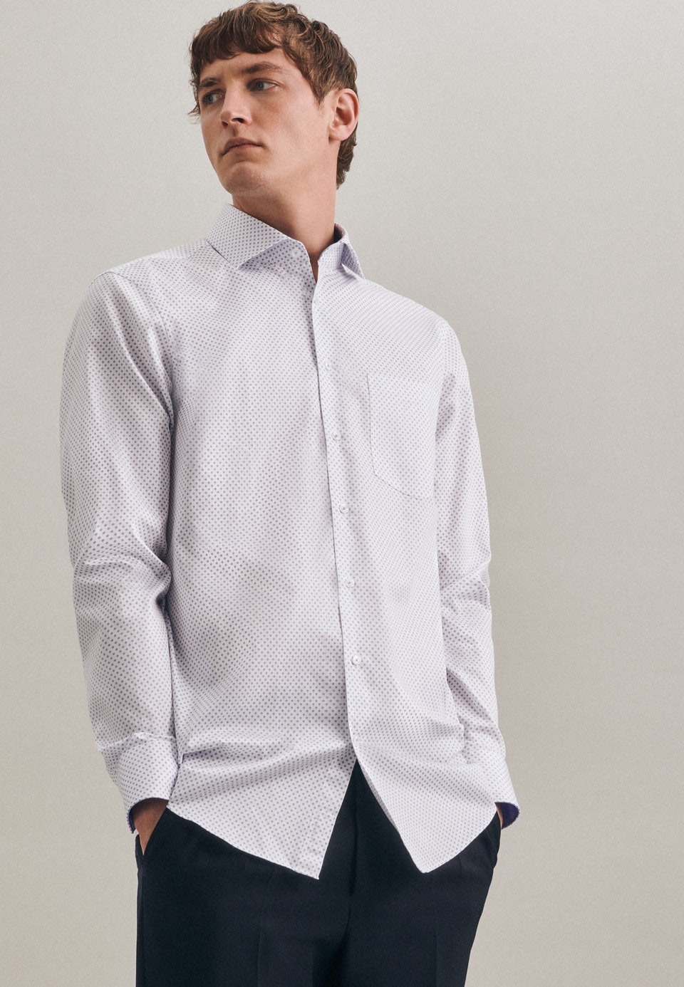 Easy-iron Twill Business Shirt in Regular with Kent-Collar and extra long sleeve in White |  Seidensticker Onlineshop