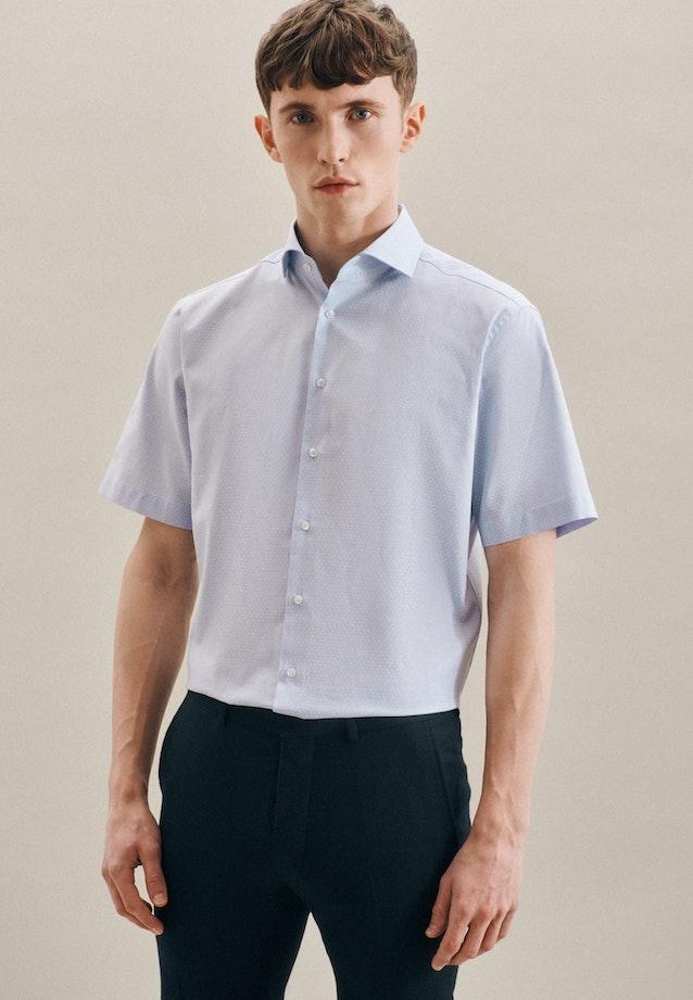 Bügelleichtes Oxford Kurzarm Business Hemd in Regular mit Kentkragen in Hellblau    Seidensticker Onlineshop