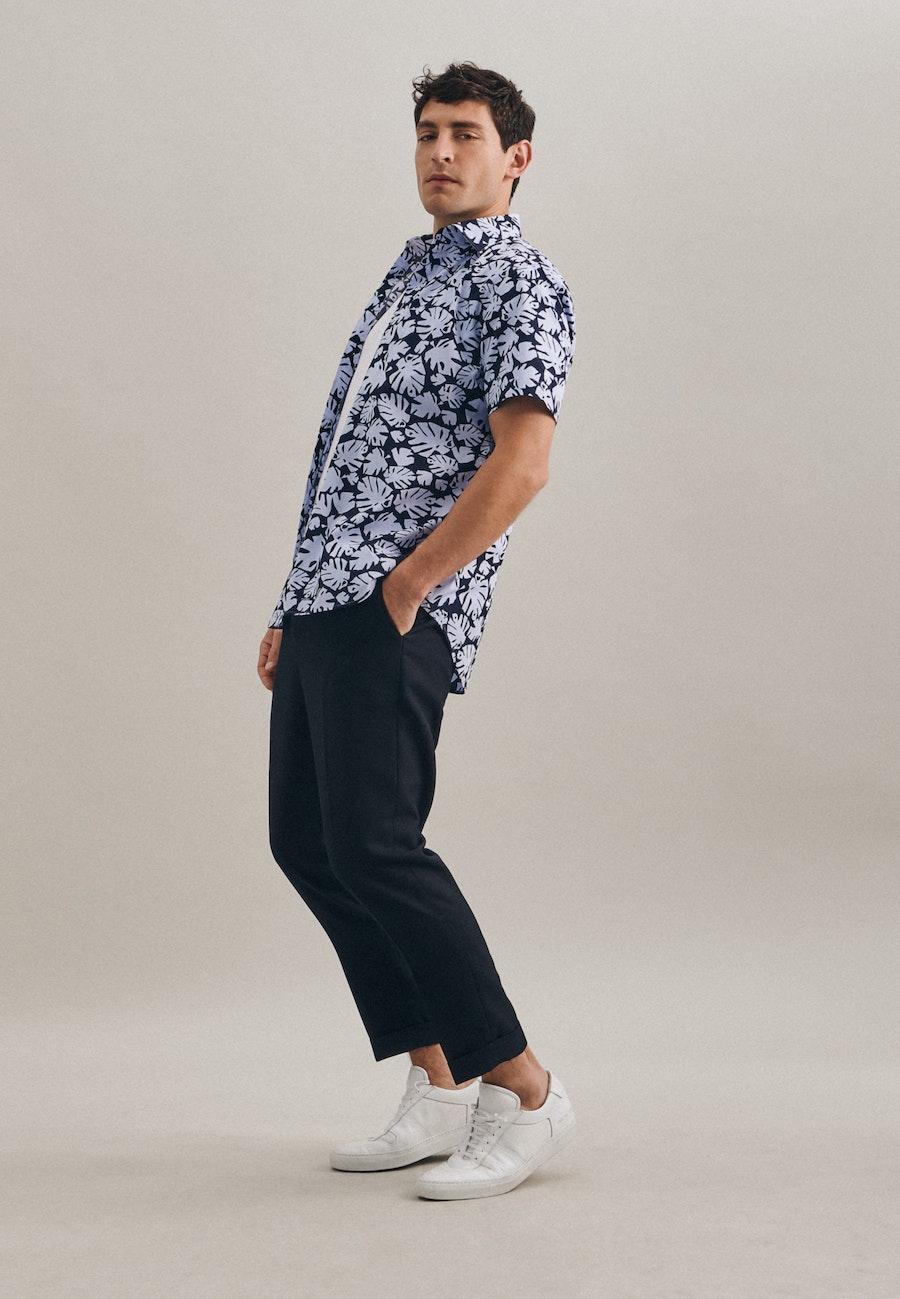 Easy-iron Popeline Short sleeve Business Shirt in Shaped with Kent-Collar in Light blue    Seidensticker Onlineshop