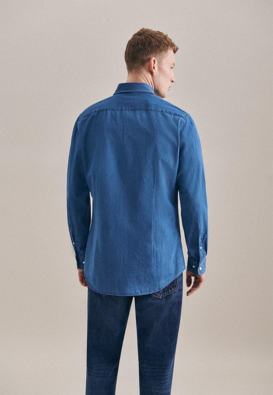 Bügelleichtes Denim Business Hemd in Slim mit Button-Down-Kragen in Mittelblau    Seidensticker Onlineshop