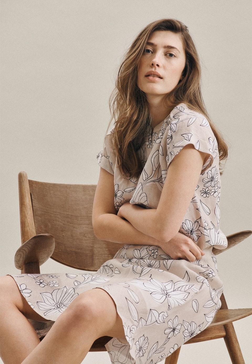 Sleeveless Leinen Slip Over Blouse made of 100% Linen in Ecru |  Seidensticker Onlineshop