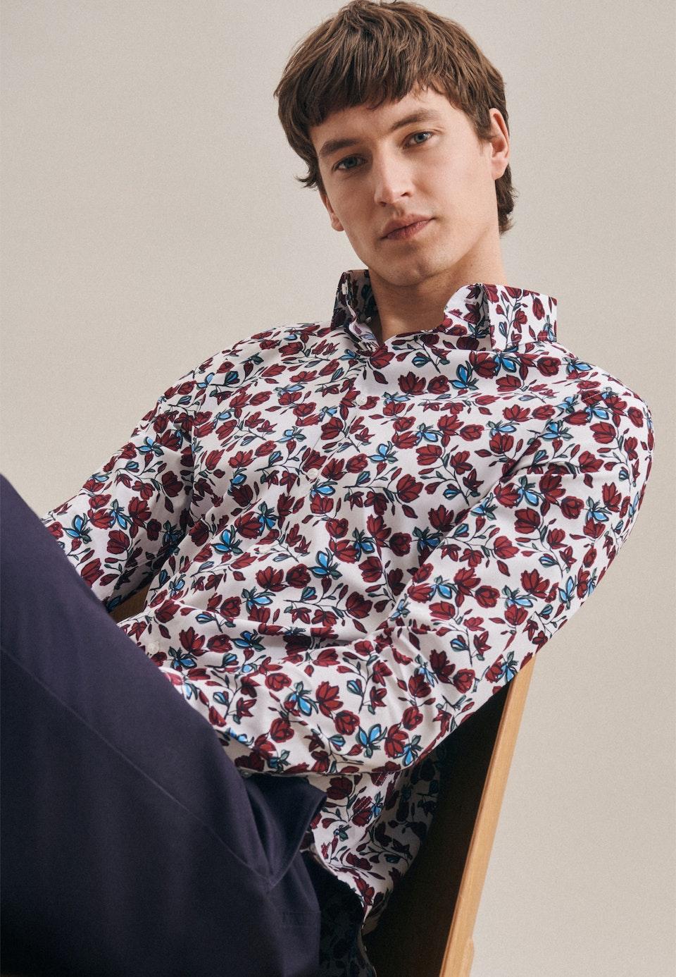 Bügelleichtes Popeline Business Hemd in Shaped mit Kentkragen in Rot |  Seidensticker Onlineshop