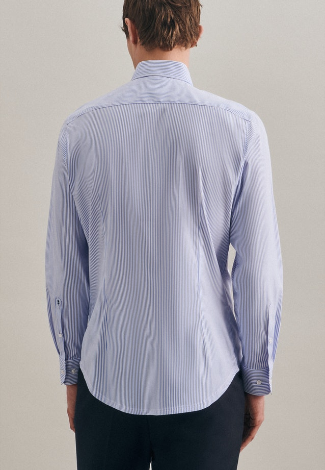 Easy-iron Performance shirt in Shaped with Kent-Collar in Light blue    Seidensticker Onlineshop