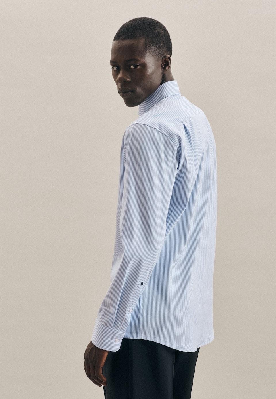 Bügelleichtes Performancehemd in Regular mit Kentkragen in Hellblau    Seidensticker Onlineshop