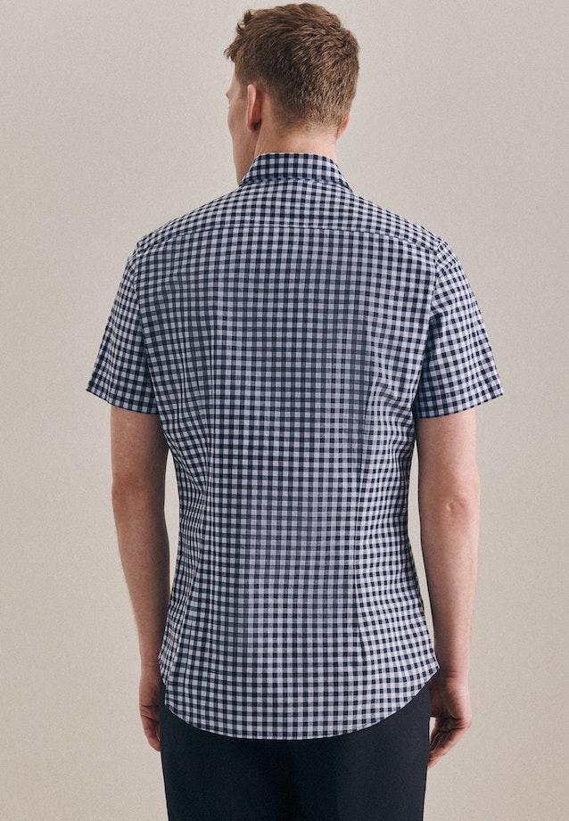 Bügelleichtes Popeline Kurzarm Business Hemd in Slim mit Button-Down-Kragen in Hellblau |  Seidensticker Onlineshop