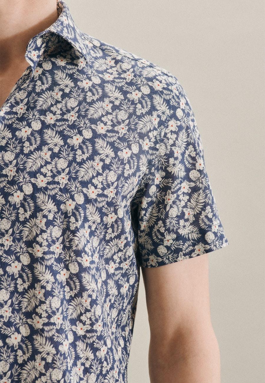 Easy-iron Leinen Short sleeve Business Shirt in Shaped with Kent-Collar in Brown |  Seidensticker Onlineshop