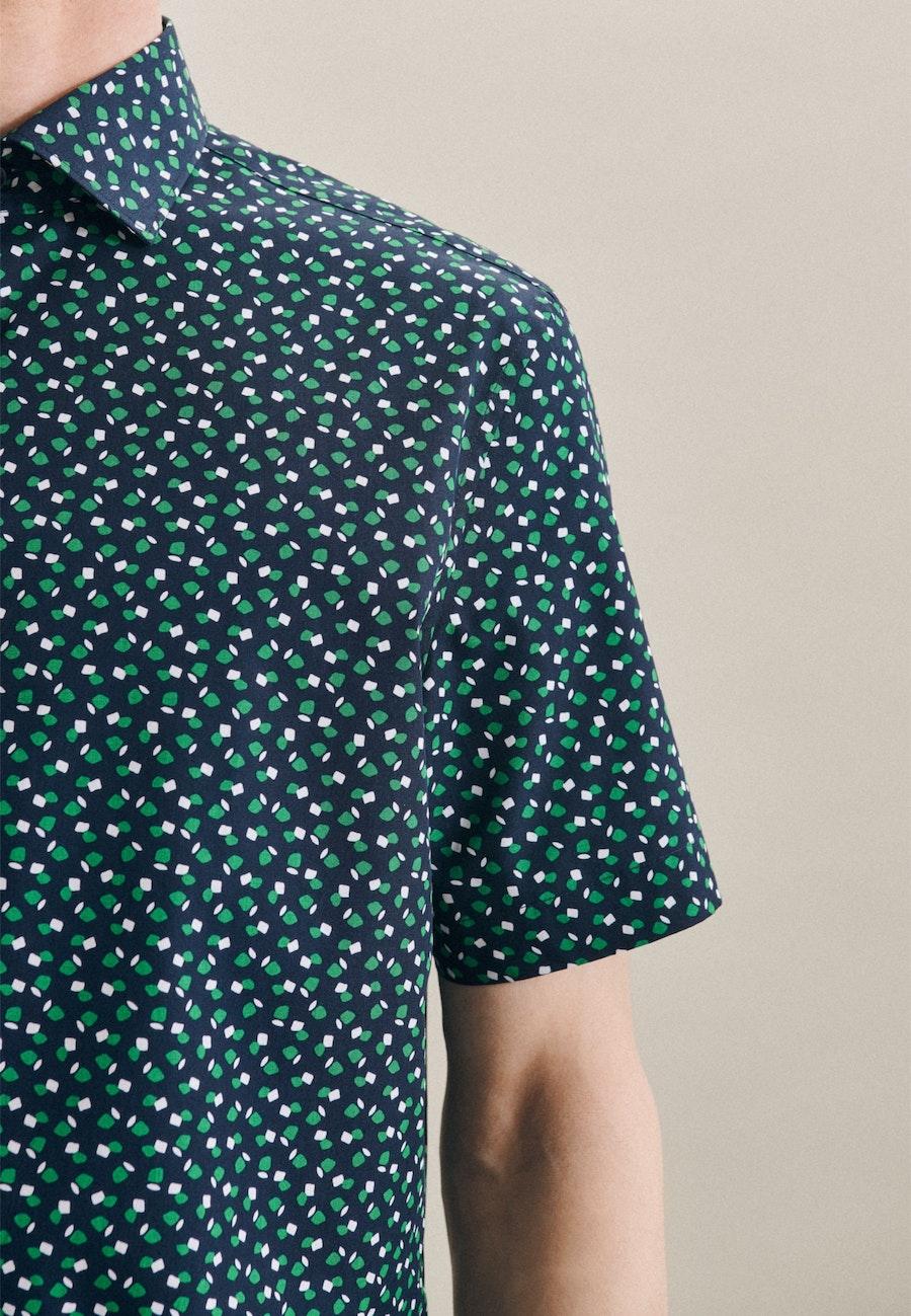 Popeline Kurzarm Business Hemd in Slim mit Kentkragen in Grün |  Seidensticker Onlineshop