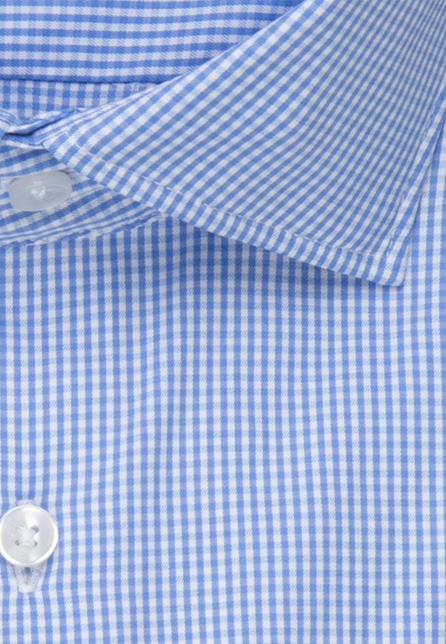 Bügelleichtes Performancehemd in Slim mit Kentkragen in Hellblau |  Seidensticker Onlineshop