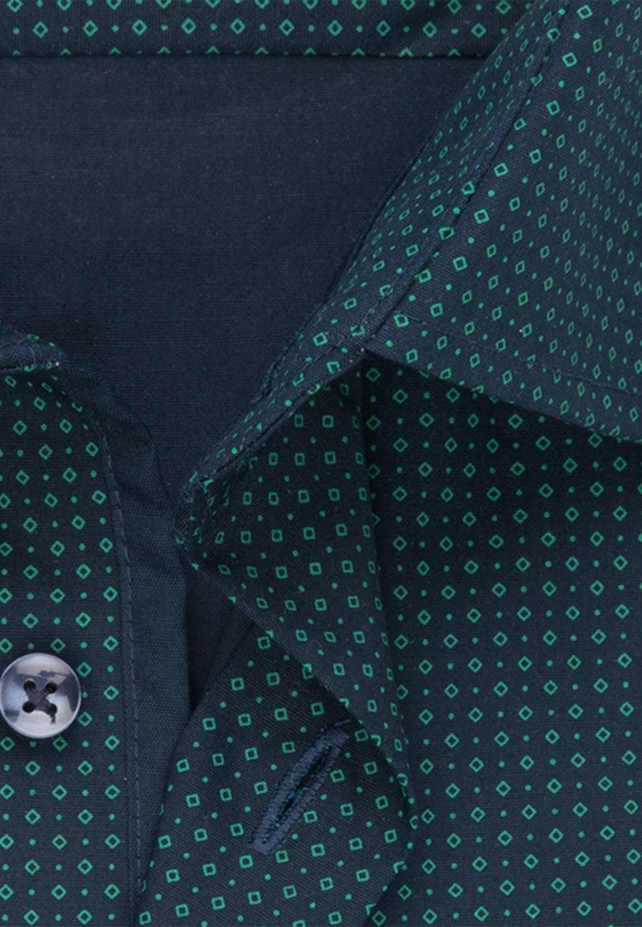 Popeline Business Hemd in Shaped mit Kentkragen in Dunkelblau    Seidensticker Onlineshop