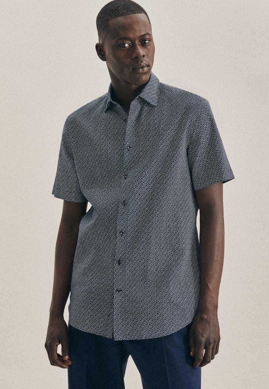 Leinen Kurzarm Leinenhemd in Shaped mit Kentkragen in Dunkelblau    Seidensticker Onlineshop
