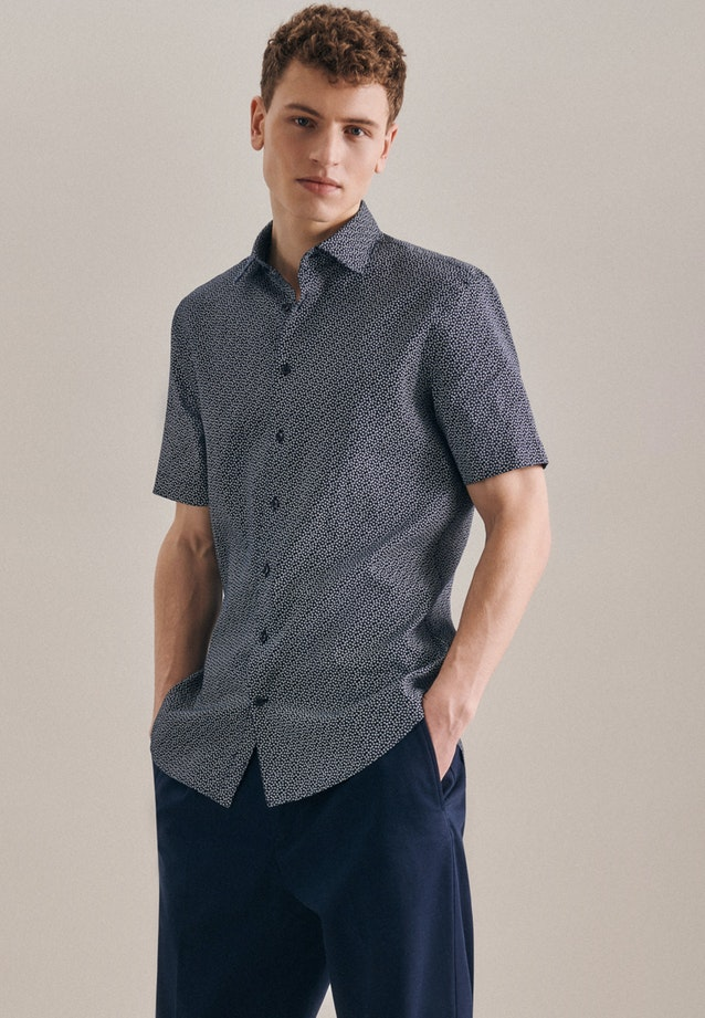 Bügelleichtes Leinen Kurzarm Business Hemd in Slim mit Kentkragen in Dunkelblau |  Seidensticker Onlineshop