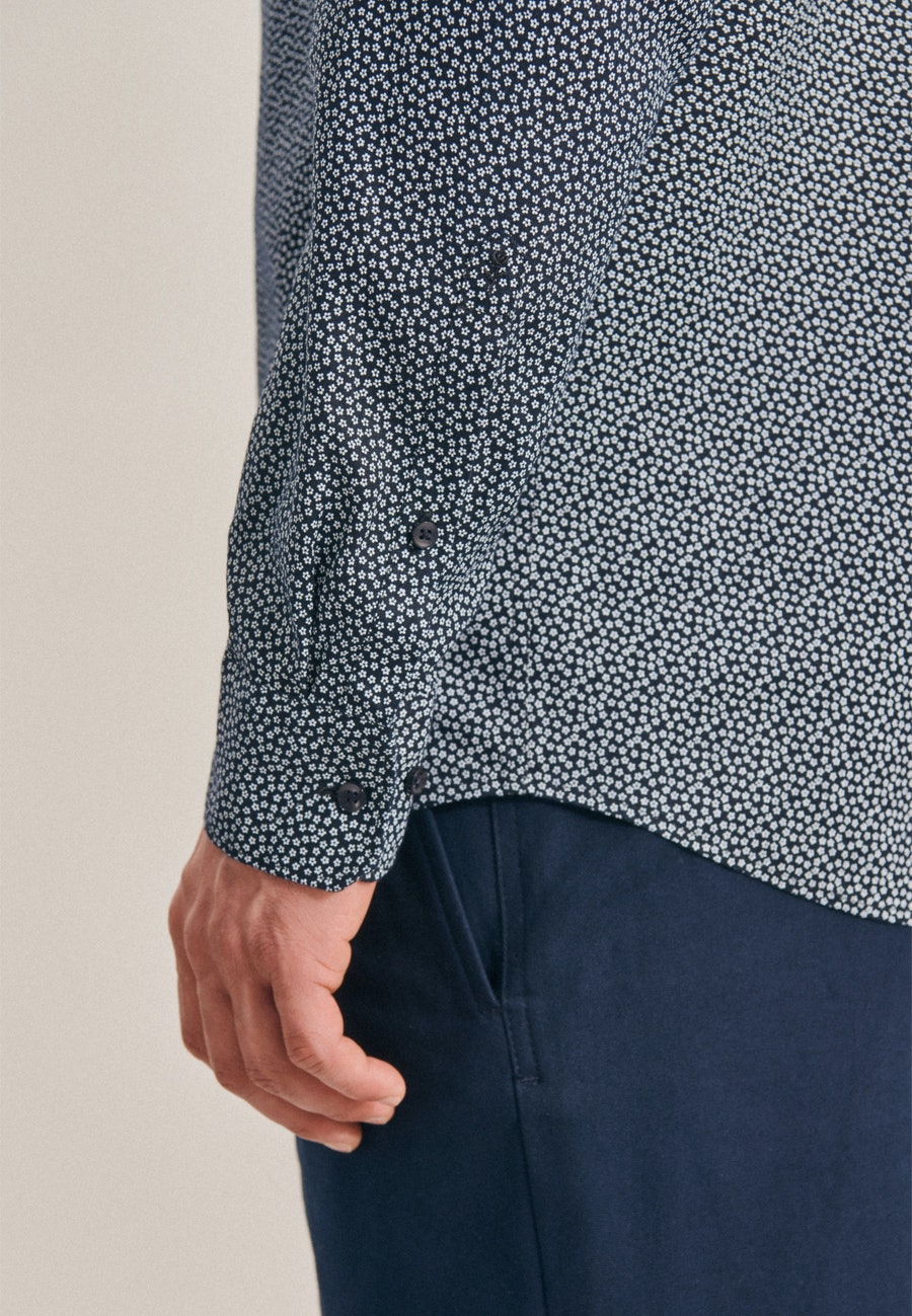 Bügelleichtes Leinen Business Hemd in Regular mit Kentkragen in Dunkelblau    Seidensticker Onlineshop