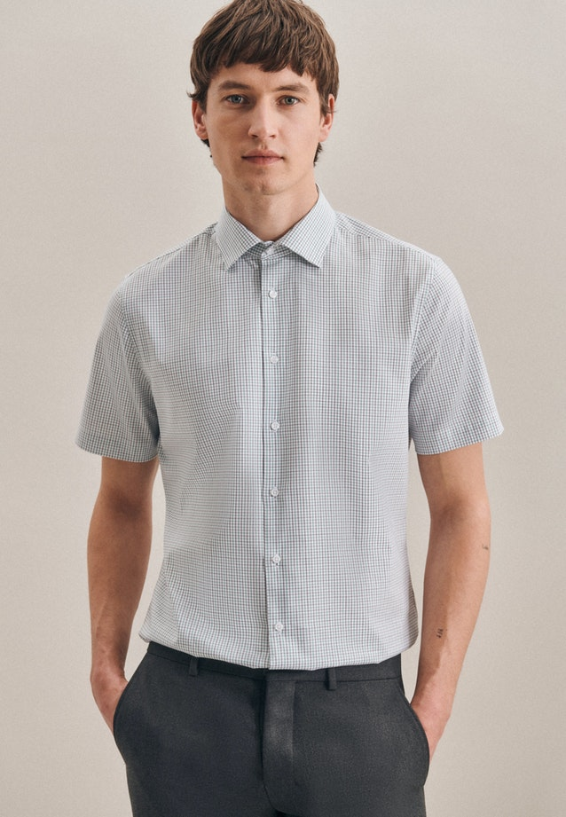 Non-iron Oxford Short sleeve Business Shirt in Shaped with Kent-Collar in Green |  Seidensticker Onlineshop