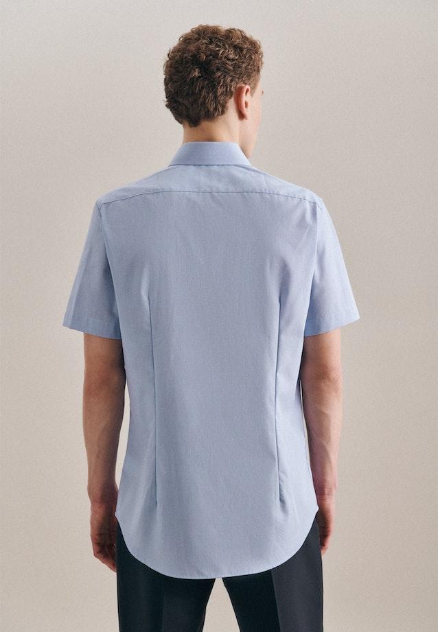Non-iron Structure Short sleeve Business Shirt in Slim with Kent-Collar in Light blue |  Seidensticker Onlineshop