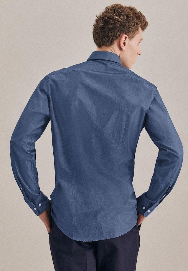 Bügelleichtes Chambray Business Hemd in Slim mit Kentkragen in Mittelblau |  Seidensticker Onlineshop