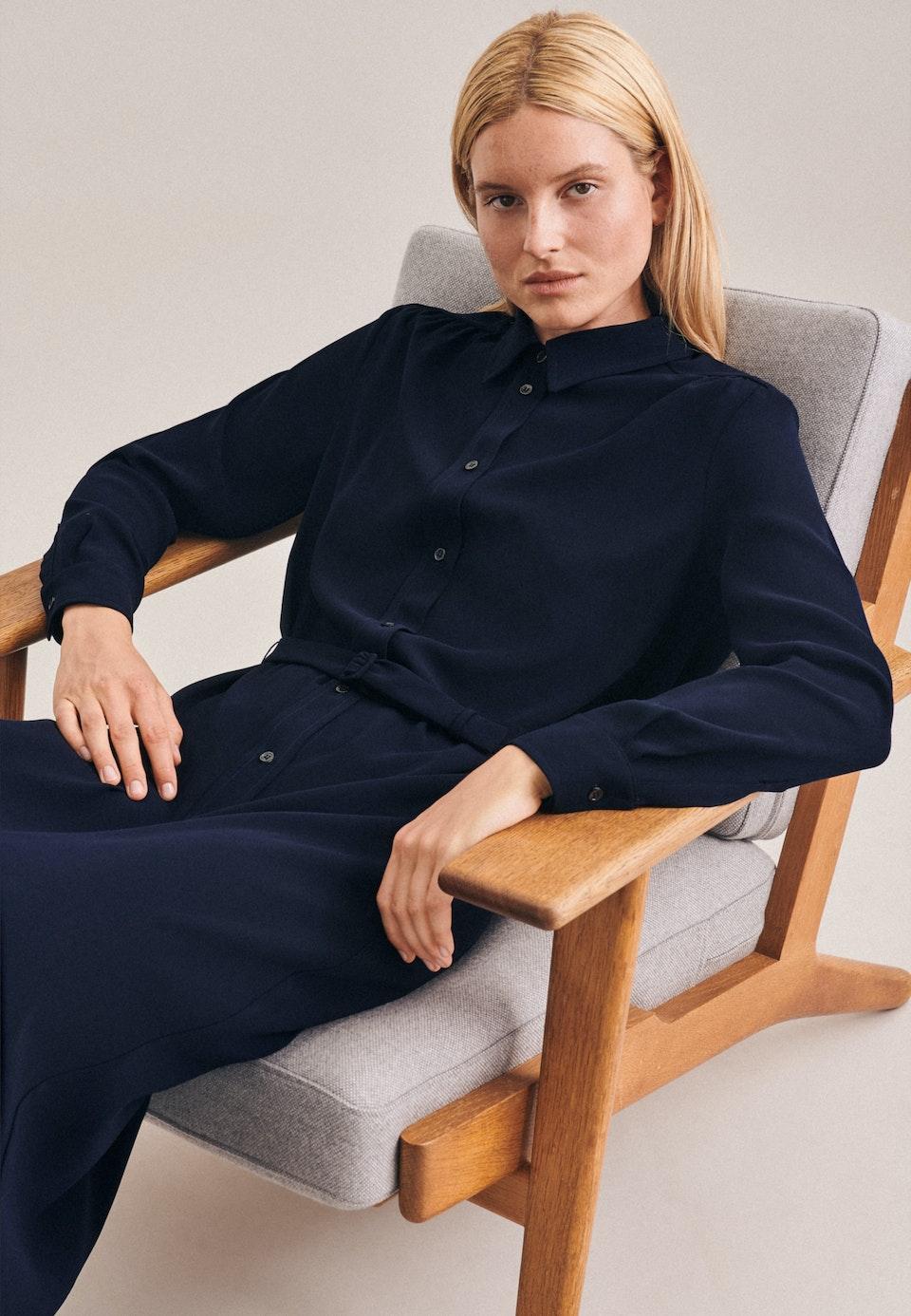 Krepp Maxi Kleid aus 100% Polyester in Dunkelblau |  Seidensticker Onlineshop
