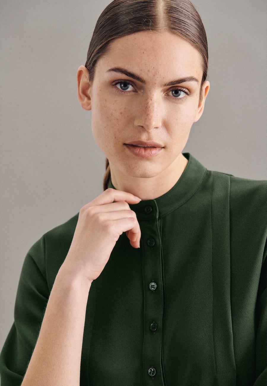 3/4-Arm Krepp Stehkragenbluse aus 100% Polyester in Grün |  Seidensticker Onlineshop