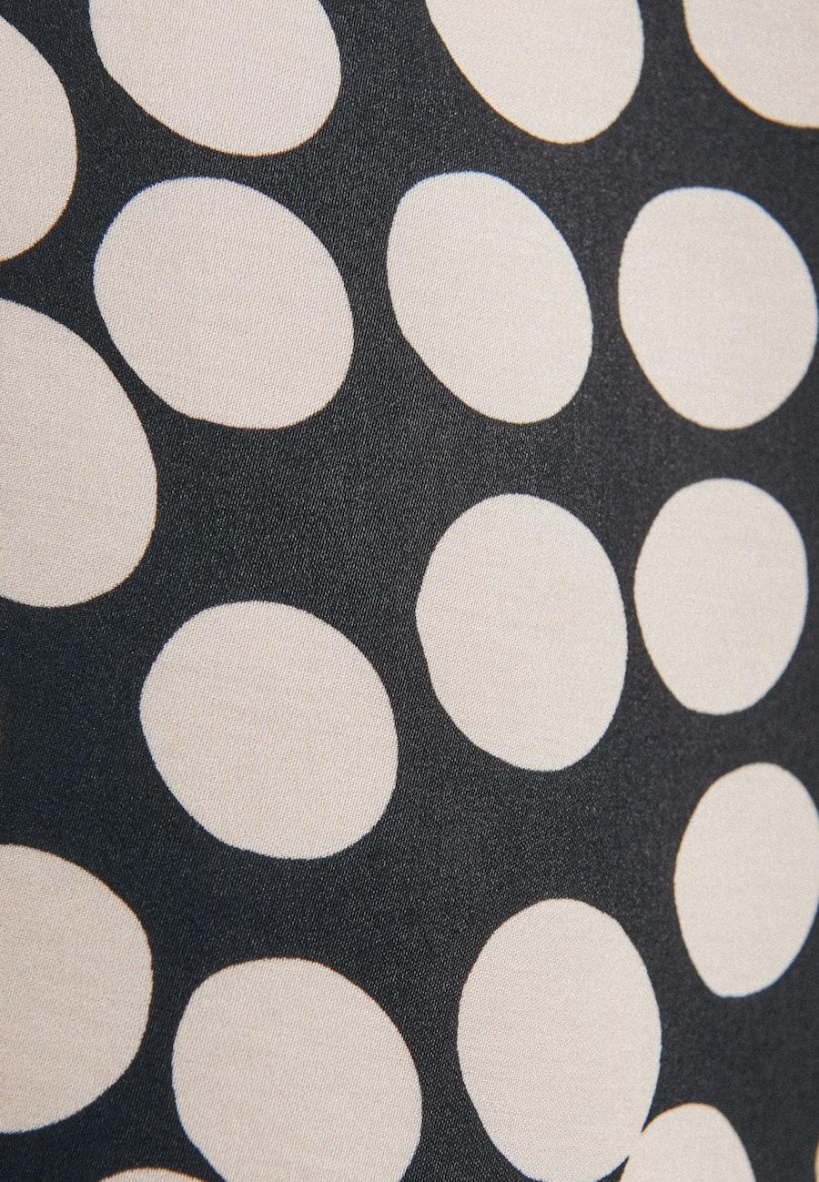 Satin Midi Kleid aus 100% Viskose in Schwarz |  Seidensticker Onlineshop