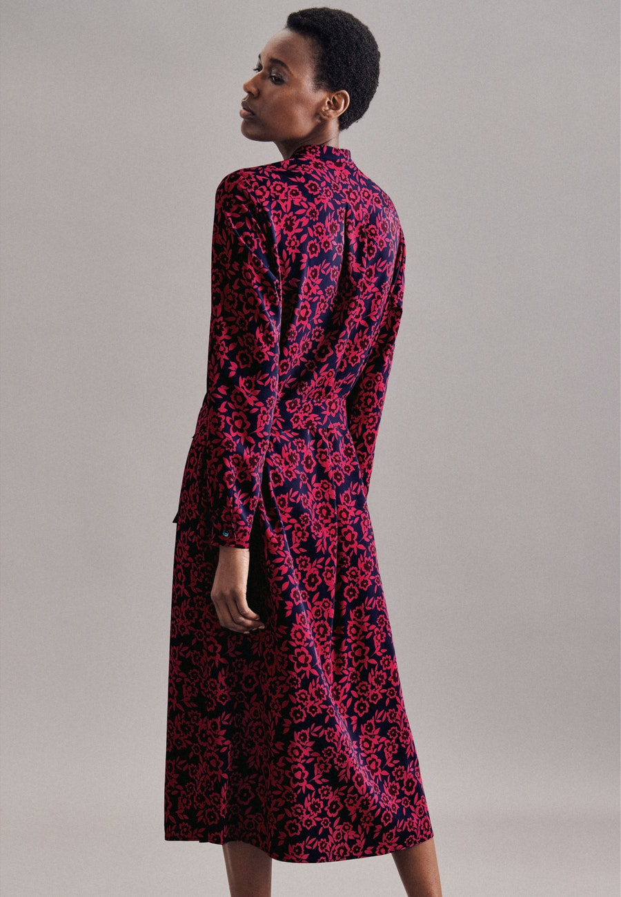 Krepp Maxi Kleid aus Viskosemischung in Dunkelblau |  Seidensticker Onlineshop