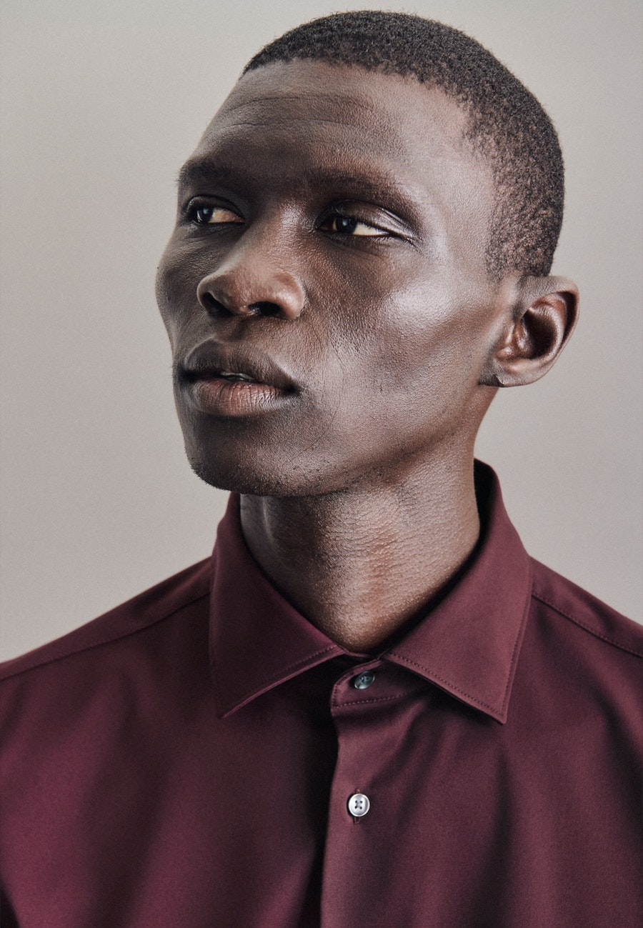 Performancehemd in Slim mit Kentkragen in Rot |  Seidensticker Onlineshop