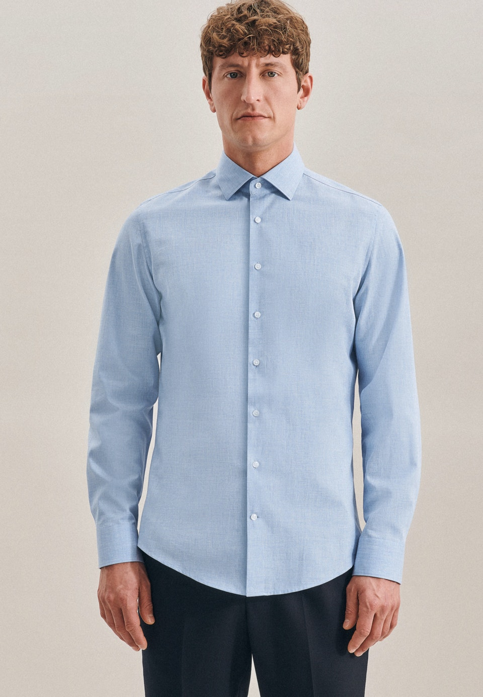 Bügelleichtes Twill Business Hemd in X-Slim mit Kentkragen in Hellblau |  Seidensticker Onlineshop