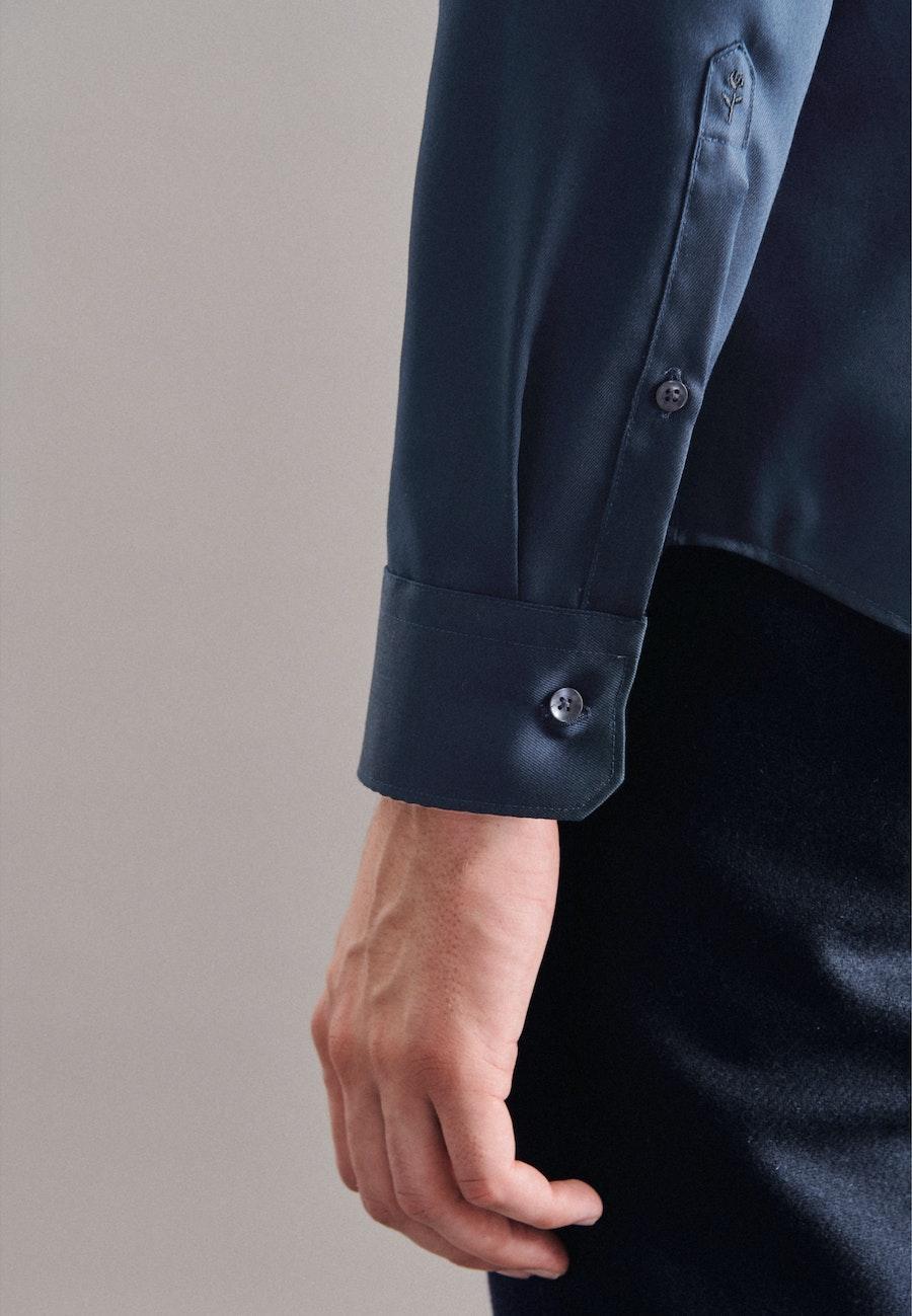 Bügelfreies Twill Business Hemd in X-Slim mit Kentkragen in Dunkelblau |  Seidensticker Onlineshop