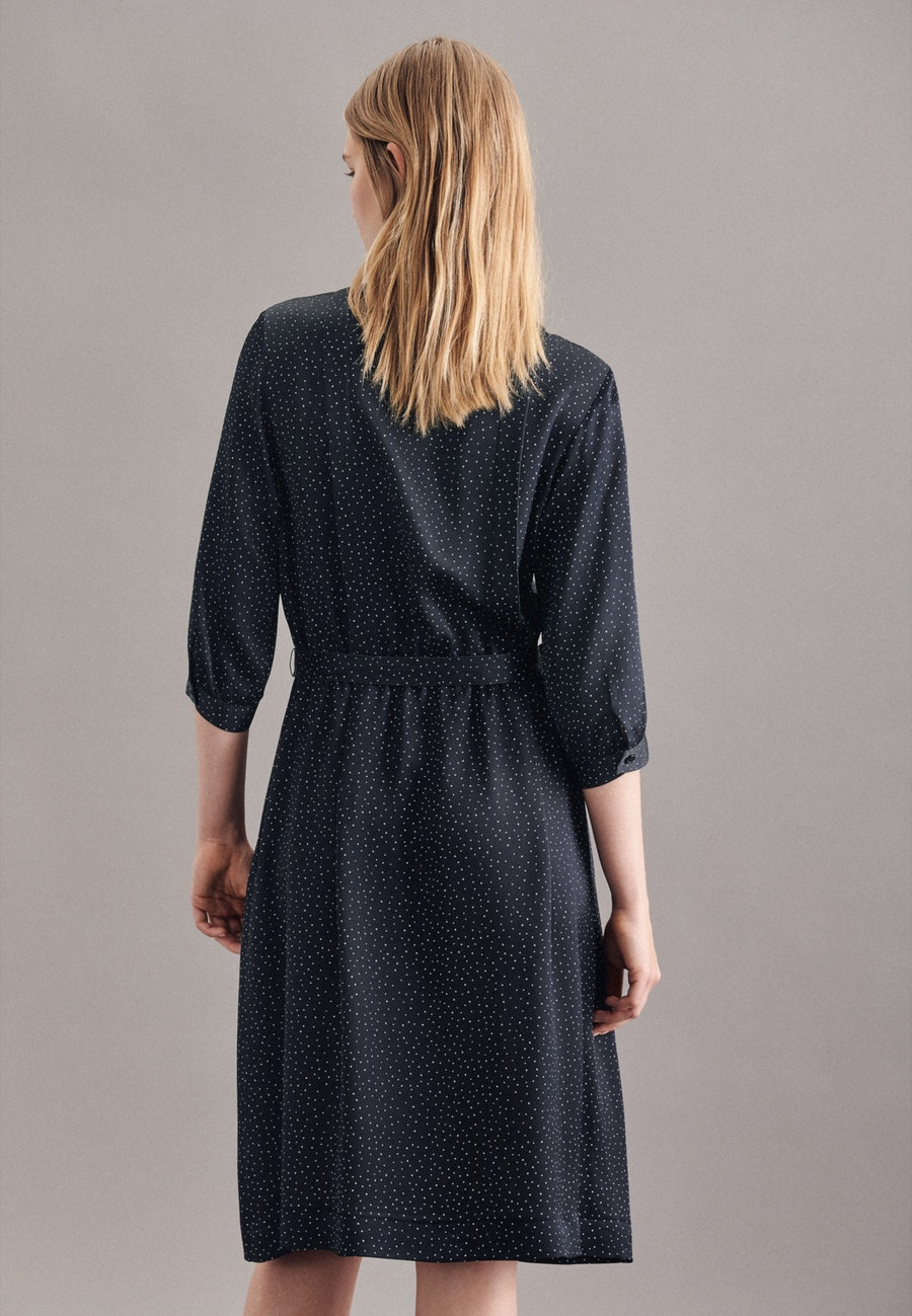 Krepp Satin Midi Kleid aus 100% Viskose in Schwarz |  Seidensticker Onlineshop