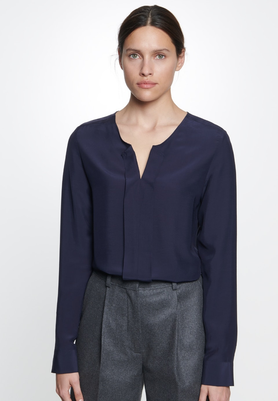 Voile Slip Over Blouse made of 100% Viscose in Dark blue |  Seidensticker Onlineshop