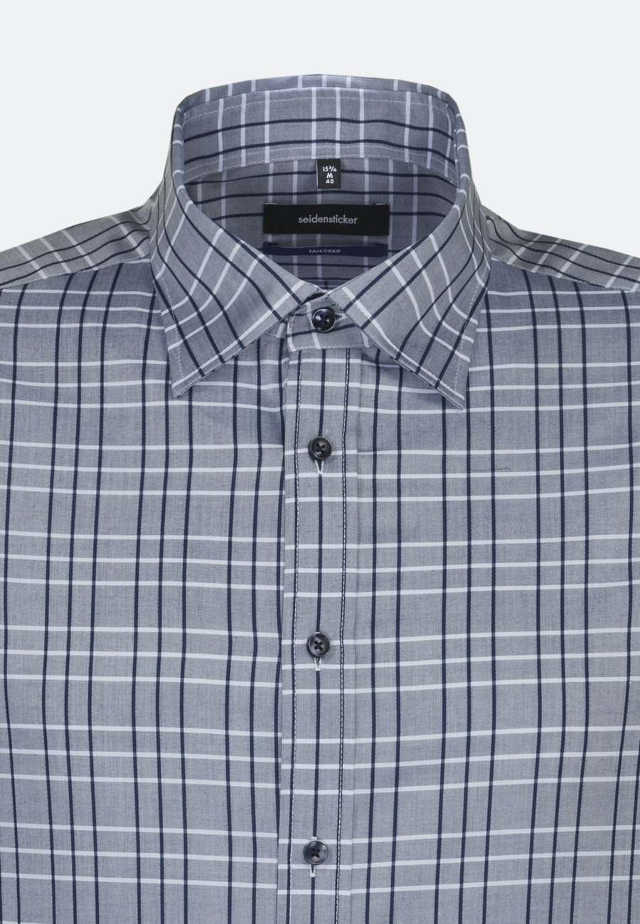 Bügelleichtes Twill Kurzarm Business Hemd in Shaped mit Covered-Button-Down-Kragen in Mittelblau |  Seidensticker Onlineshop