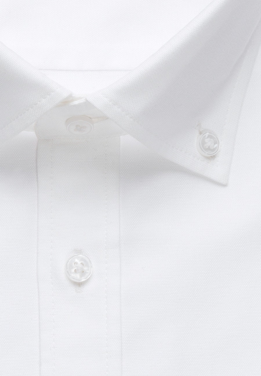 Bügelleichtes Oxford Business Hemd in Shaped mit Button-Down-Kragen in Weiß    Seidensticker Onlineshop