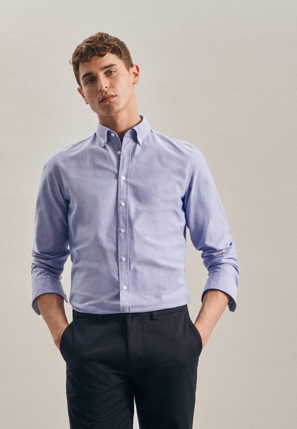Easy-iron Oxford Business Shirt in Slim with Button-Down-Collar in Light blue |  Seidensticker Onlineshop