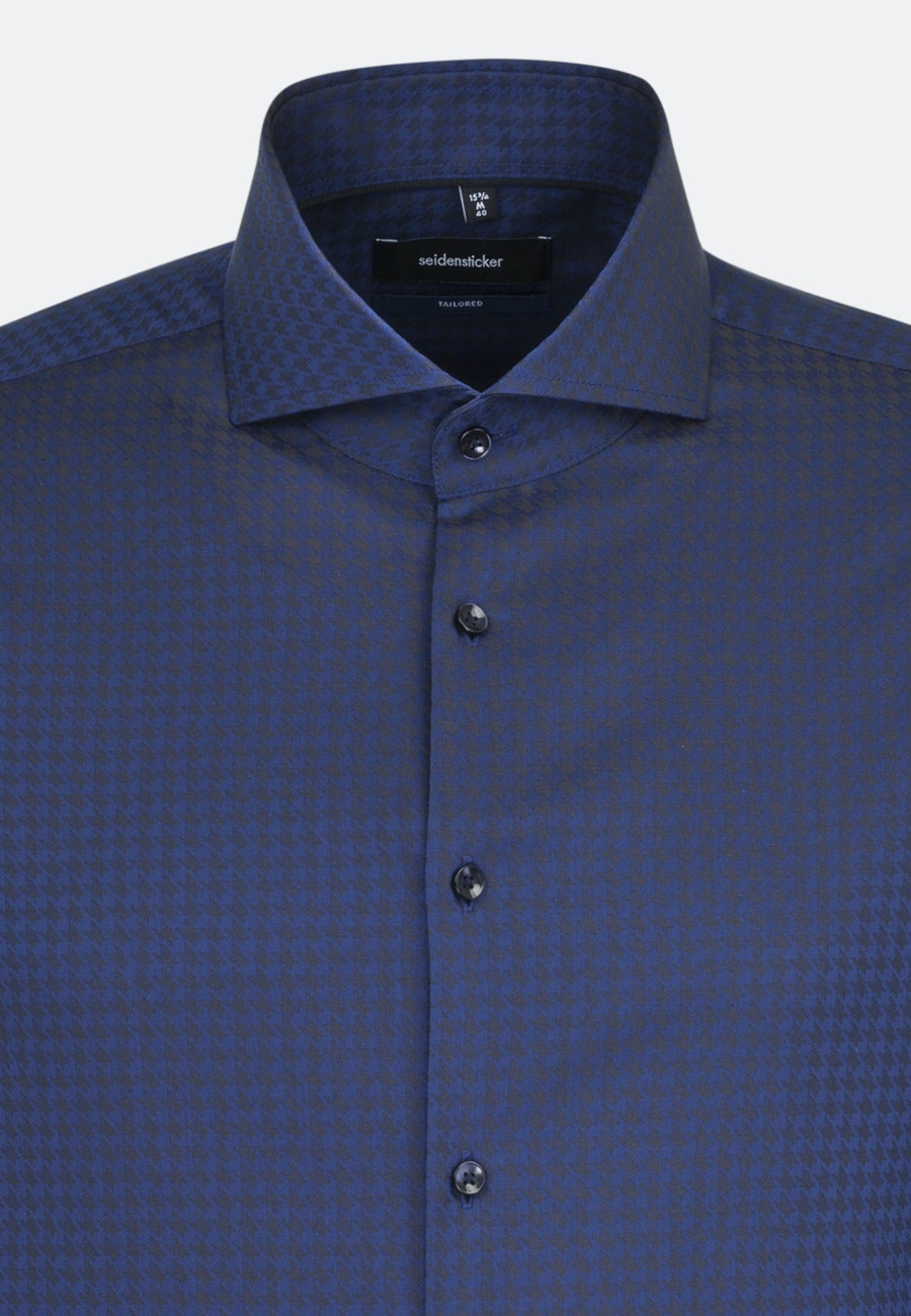 Easy-iron Houndstooth pattern Business Shirt in Shaped with Shark Collar in Medium blue |  Seidensticker Onlineshop