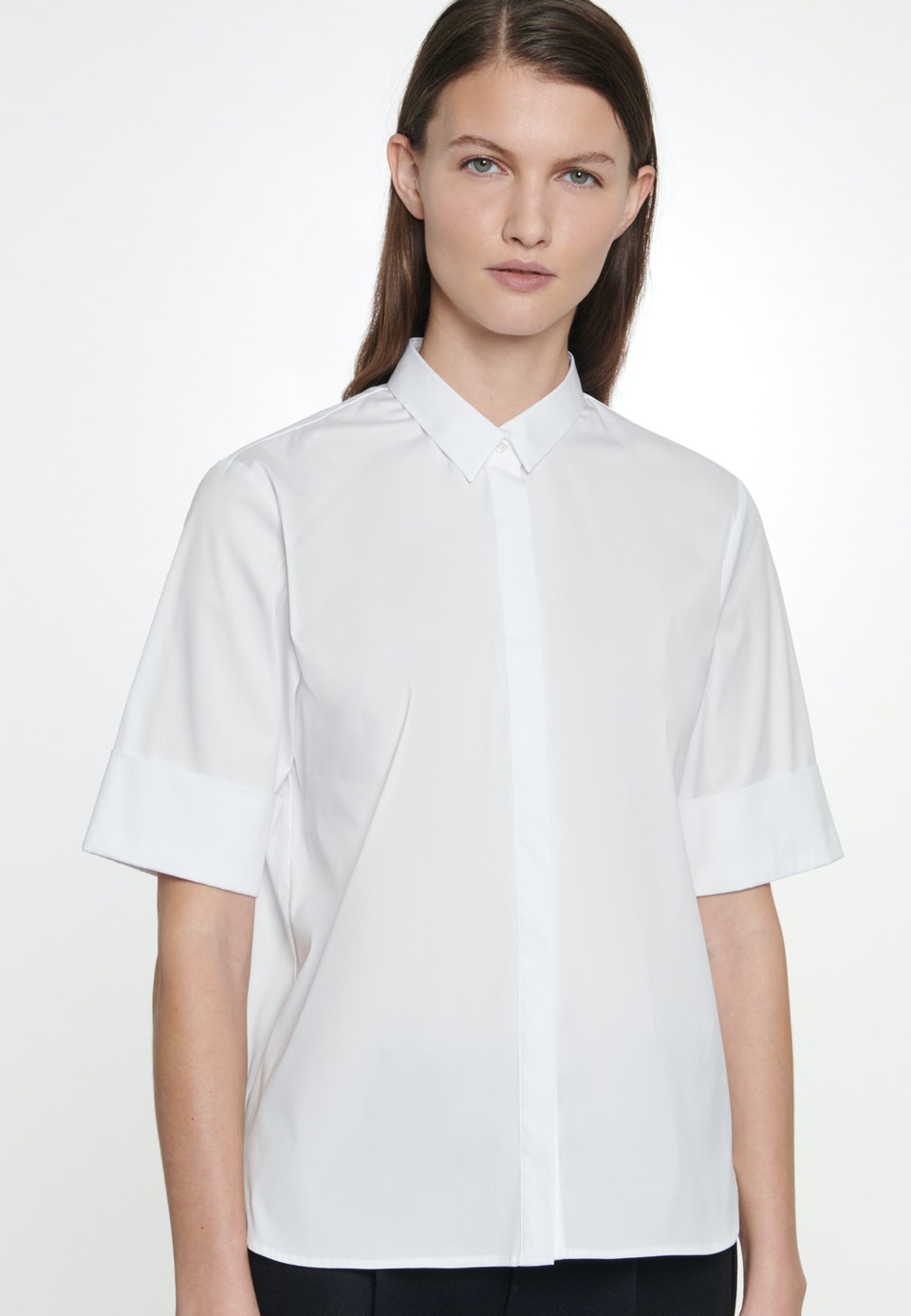 Kurzarm Popeline Hemdbluse aus Baumwollmischung in Weiß |  Seidensticker Onlineshop