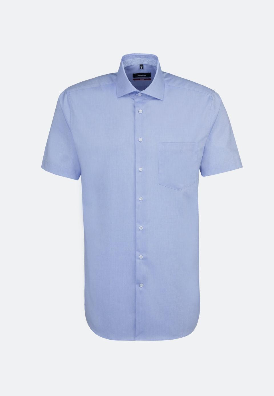 Non-iron Chambray Short sleeve Business Shirt in Regular with Kent-Collar in Light blue |  Seidensticker Onlineshop