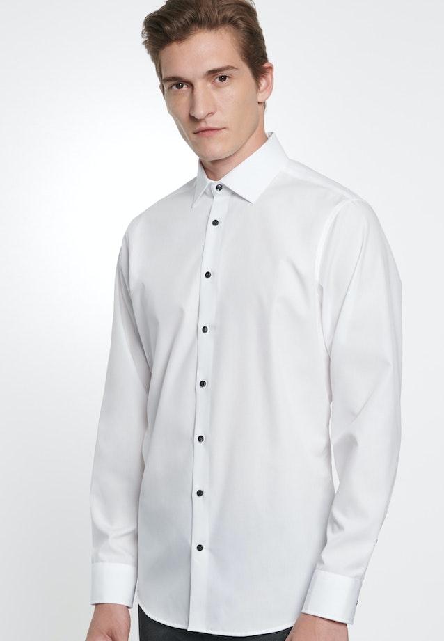 Bügelfreies Chambray Business Hemd in Slim mit Kentkragen in Weiß |  Seidensticker Onlineshop